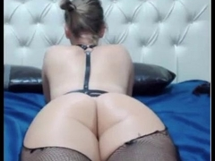 BEAUTIFUL blonde from behind - AdultWebShows.com