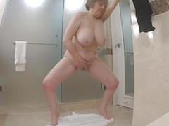 Fat mature masturbate while her husband fishing