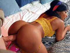 Kiki Minaj in sexy outfit gets fucked doggystyle