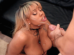 Ms.Yummyxxx gets her face blasted with Sean Lawless cumshots