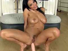 Cameraman gives big sex toy to Anissa Kate for XXX anal masturbation