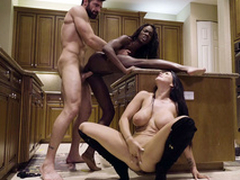 Man nails black chick Ana Foxxx while Romi Rain sucks his XXX weasel words