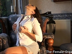 Sultry MILF Masturbates to Thrown away Squirt Come to a head mount